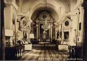 Wnętrze kościoła parafialnego z 1955 roku